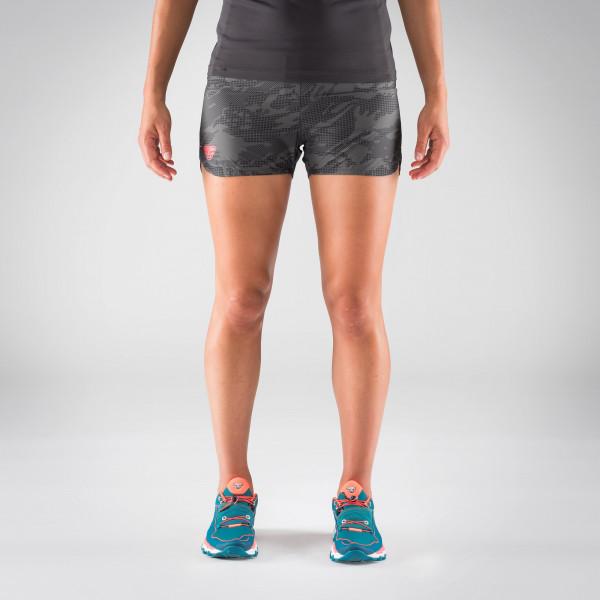 Vertical 2 Camo Shorts Damen